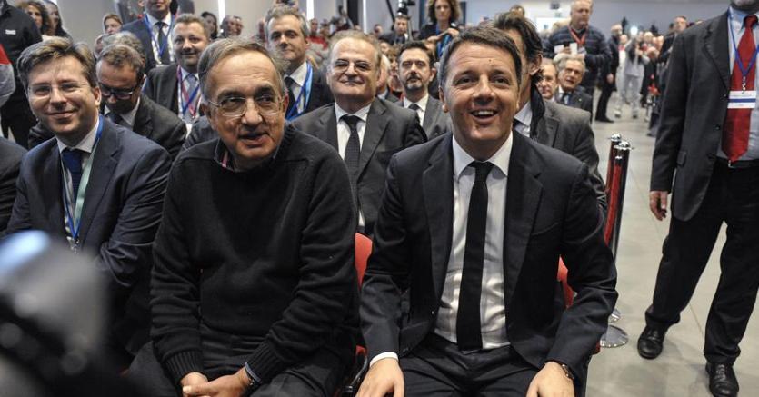 A Cassino il premier  Matteo Renzi  all' assemblea pubblica Anfia insieme all'ad di Fca Sergio Marchionne (Space 24)